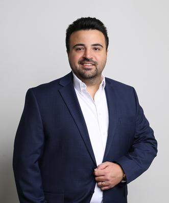 Argin Mahmoodi in Casual Attire